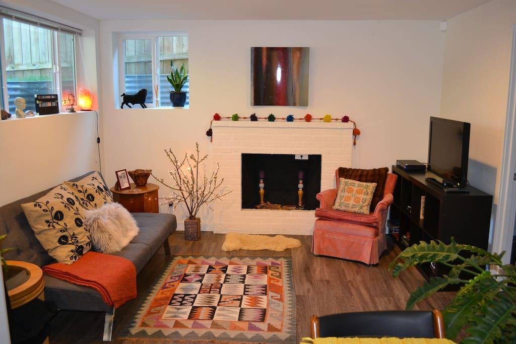 Super Cozy Living Room!!