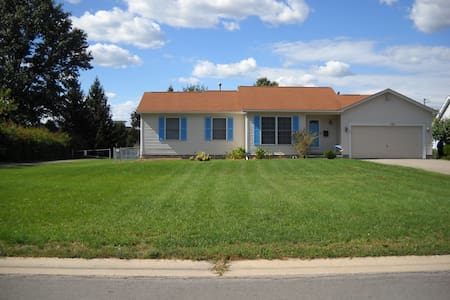 Greece  Close to 390/104 Intersection - Rochester - Casa