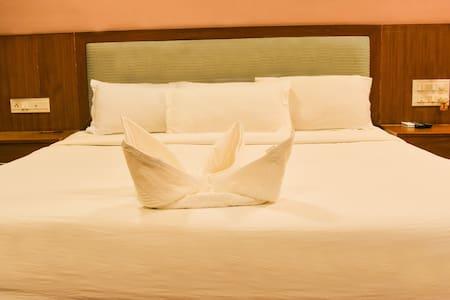 Standard Room - HSR Layout - Bangalore - Bed & Breakfast