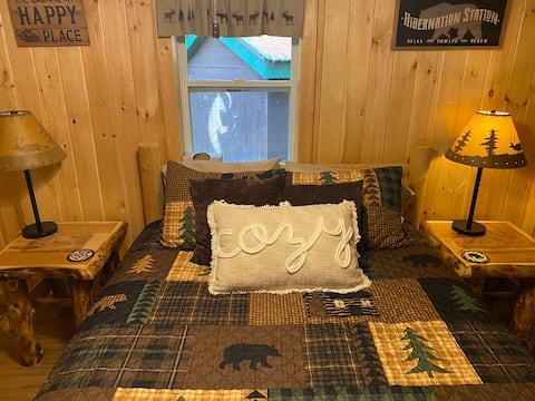 Cozy 1 Bedroom Cabin