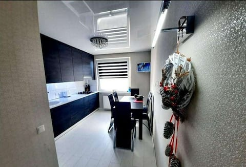 Private 1 room appartment near city swimming pool