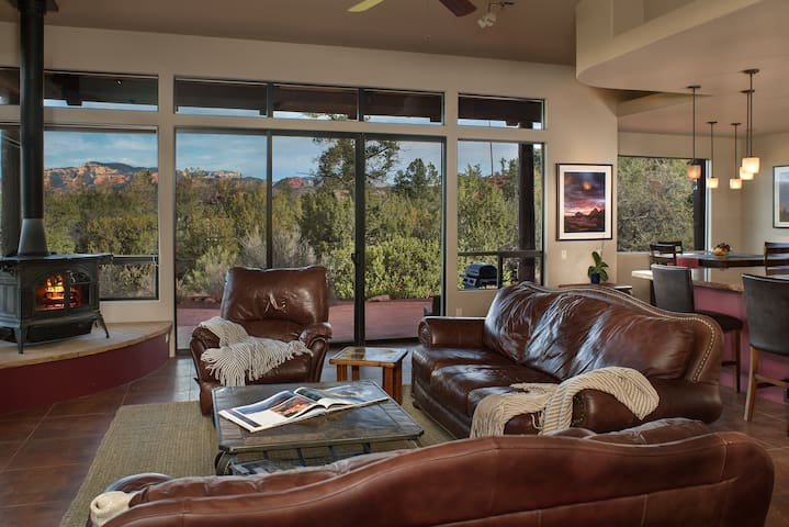 Panoramic Views Walls of Glass Hot Tub Spacious - Sedona - House