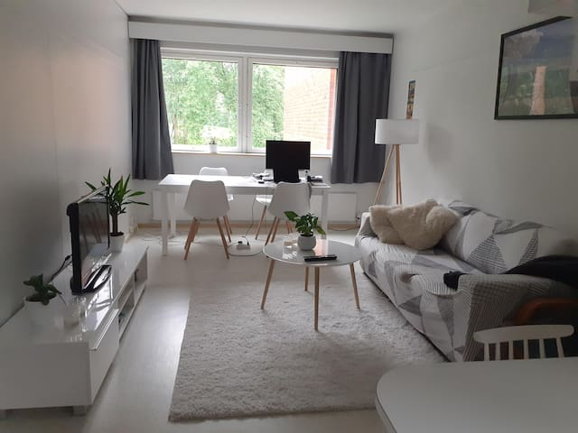 Bright, spacious and fully equipped 1 bedroom flat