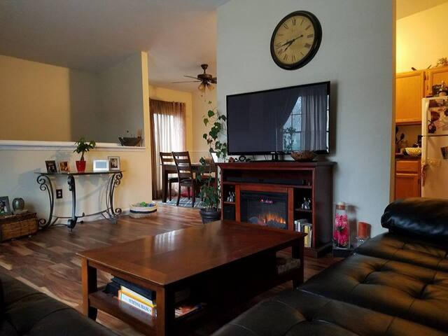 Warm and welcoming, private downtown condo!