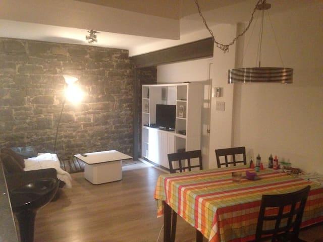 Chambre privée bien située près de la rue Cartier - Ville de Québec - Apartamento