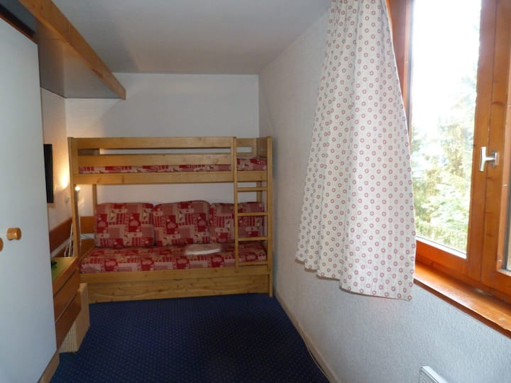 Studio for 3 guests, close to the slopes and shops, at the heart of Arc 1800 resort in the Villards village
