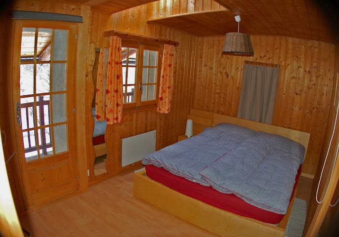 La grand chambre à coucher (2 places)