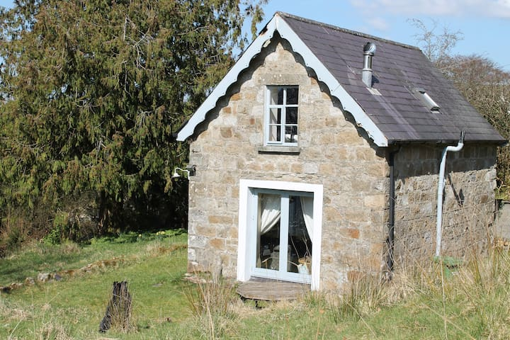 Gorgeous little granite  cottage ideal getaway! - Donard - Hus