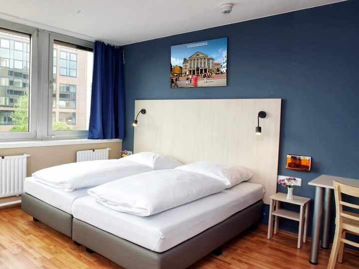 a&o hostel and hotel Weimar (Weimar) - LOH07557, Doppelzimmer