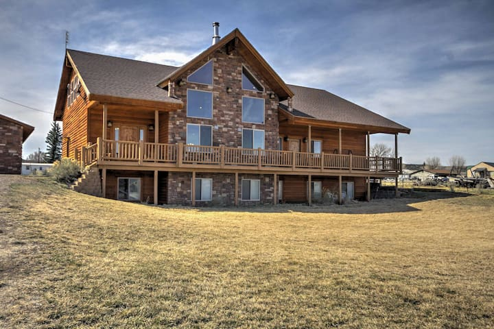 NEW! 3BR +Loft Bryce Canyon Home on Sevier River - Hatch - Rumah