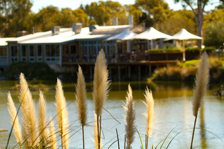 Visit the nearby Maggie Beer's Farmshop and Eatery.