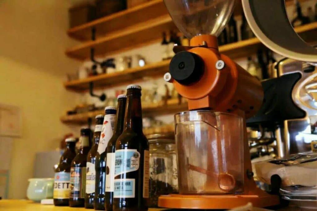 可自做咖啡、DIY各式饮品