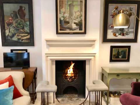5* Cottage in a secret garden Sloane Square SW1