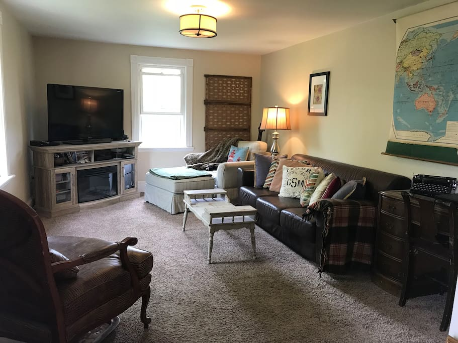 Family Room- large tv, games, desk