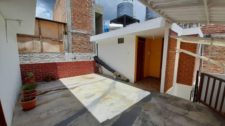 Departamento en zona exclusiva en Baños Del Inca.