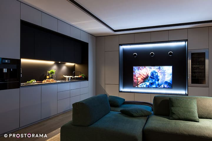 High-tech modern apartment with quick access