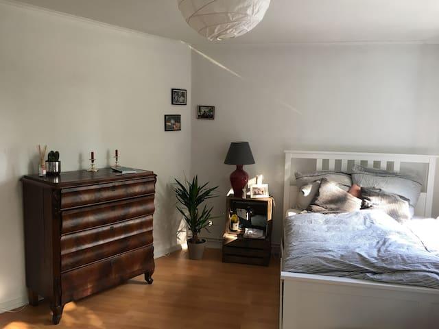 Schönes Zimmer in Innenstadtnähe