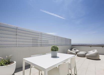 Tu terraza privada en un loft (N.45)