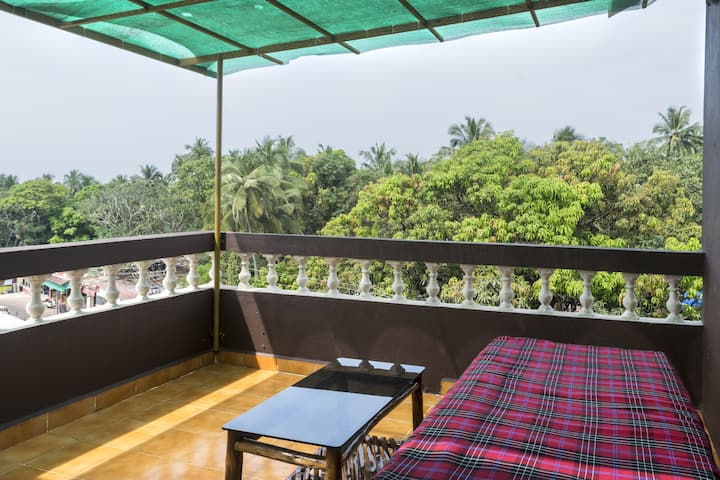 Comfy 1 Bed Apartment Near Vagator Beach