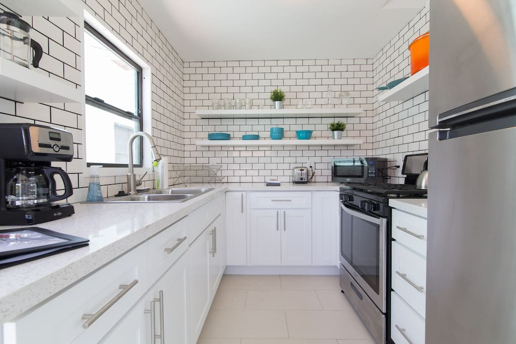 Newly remodeled, high end kitchen with everything you need for a great stay