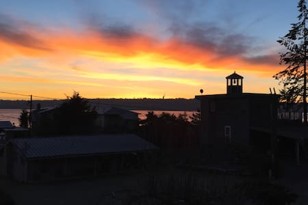 Whidbey Ferry View House - Clinton - Rumah