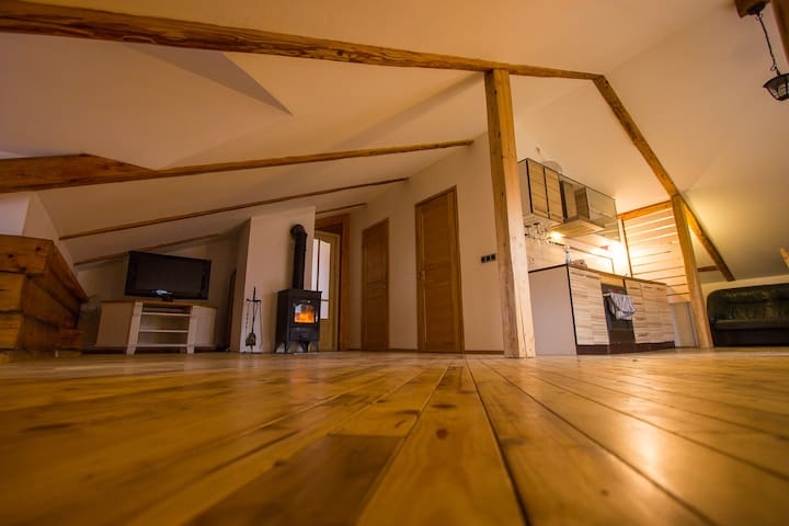 Romantic Apartment with SAUNA 2 min from Old Town