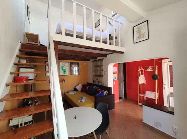 Cosy Family House's Studio - 8 minutes from beach