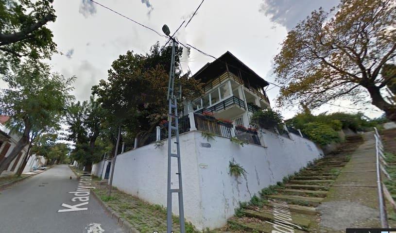 ADA - Adalar - Apartamento