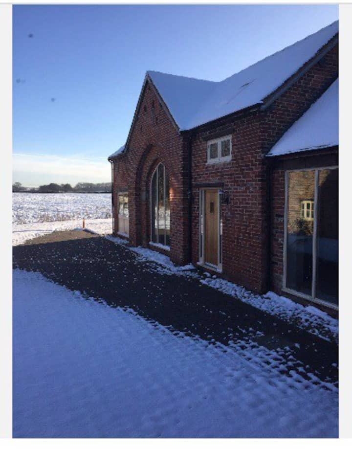 The granary barn new for 2021 part furnished
