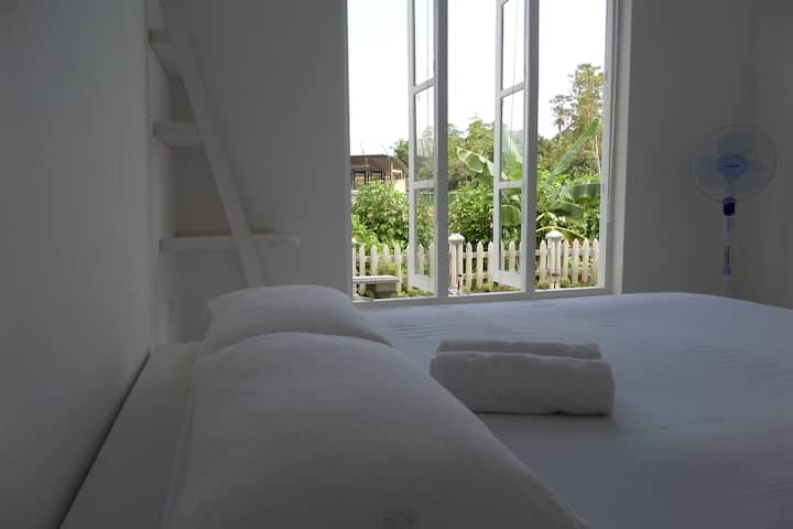 White Villa Private Apartment 1