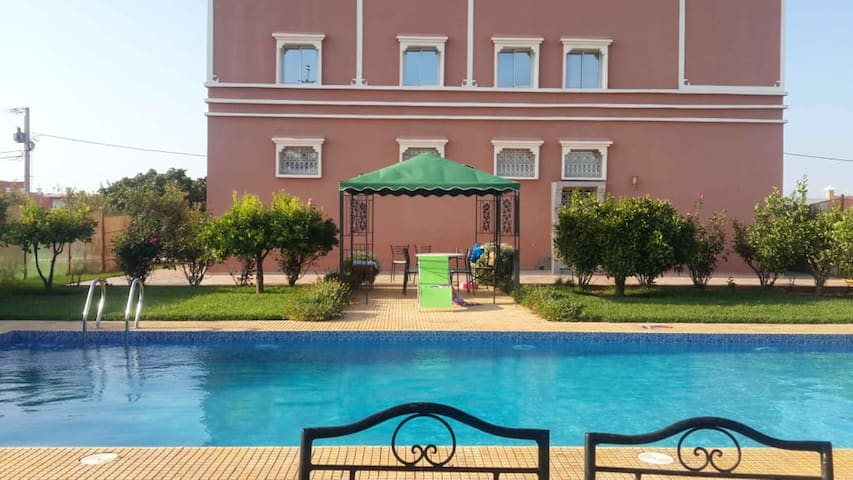 Villa with 4 bedrooms in Tou Ganaou, with wonderful mountain view, private pool and enclosed garden - 30 km from the beach
