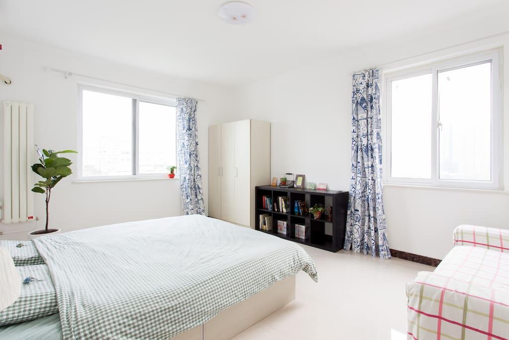 卧室门口角度 - Bedroom look from door