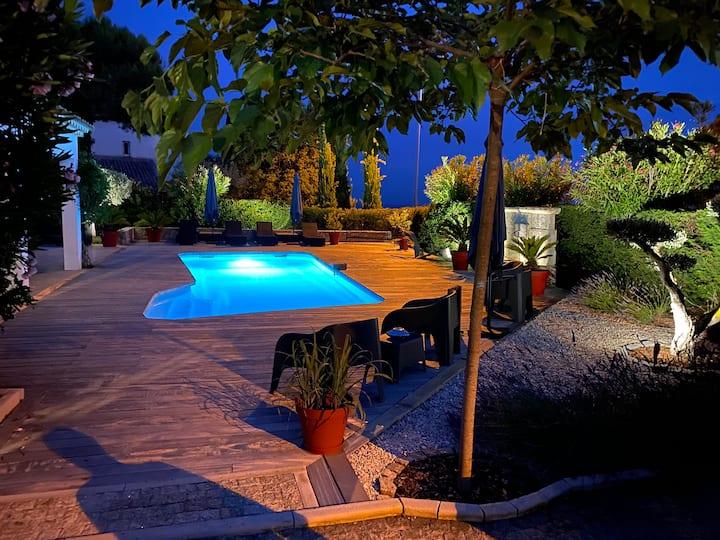 Superbe Villa vue Mer dans un ecrin à Cagnes/Mer