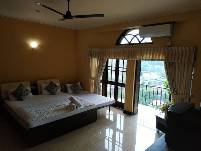 Double Room with Balcony 45%off