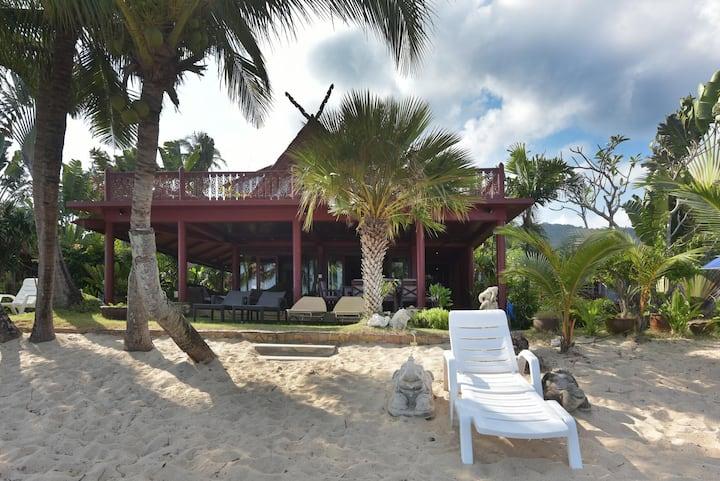 3 Bedroom Beachfront Thai Style Wooden Villa