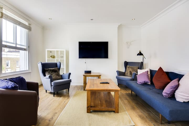 Stylish 1bd Sleeps4 w/Terrace 9 mins from Angel