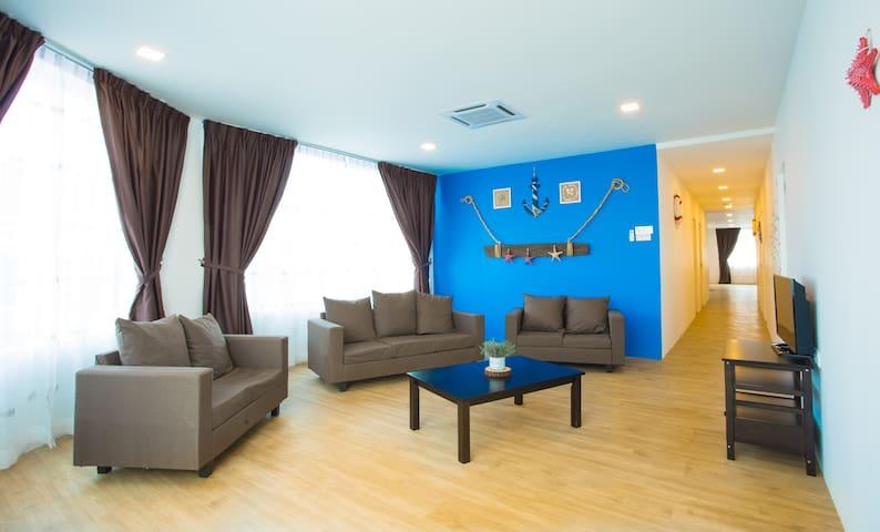 5-Bedroom Apartment (Ocean Themed) - Mersing Town