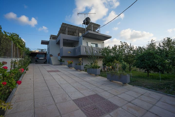 Residence 8km outside of Heraklion - Πατσίδες - Haus