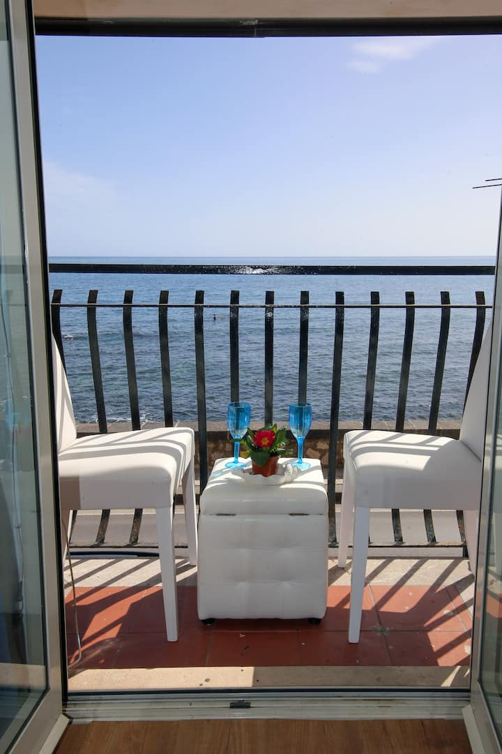 TAORMINA SEAVIEW FREEPARKING