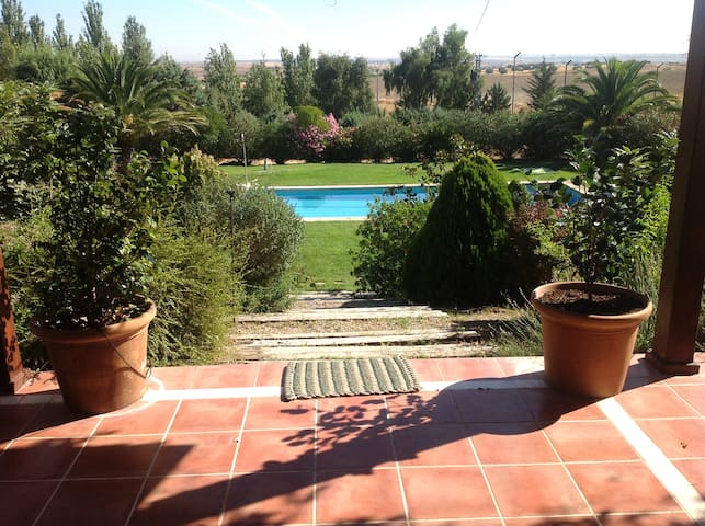 """Casa de Campo en Toledo """"La Jaralera CountryHouse"""" - Casarrubios del Monte - House"""