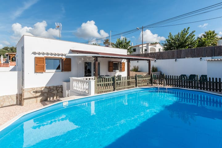 WONDERFUL VILLA FOR FAMILY IN CALAN PORTER