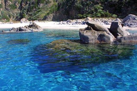 Villini Macrì sul mare - Parghelia