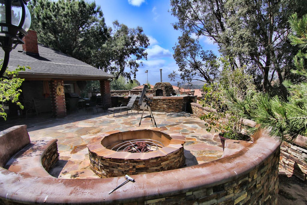Canyon view cabin style home close to disneyland houses for King s fish house anaheim