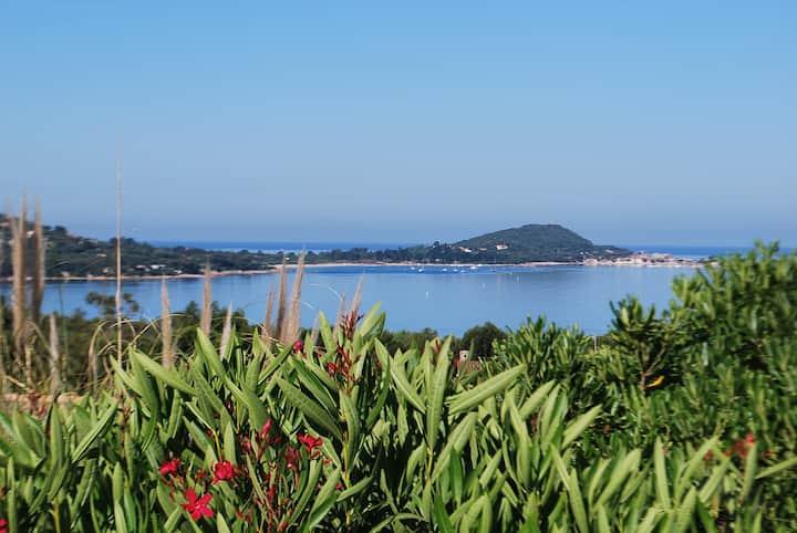 f3 vue mer fantastique sur le golfe d'Ajaccio