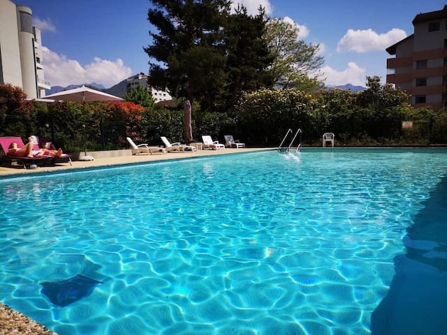 35m2 flat with swimming pool close to the lake