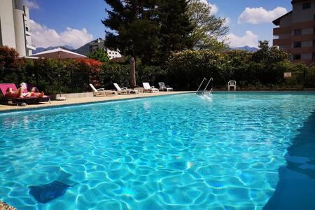 T1 de 35m2 avec piscine et grand balcon proche lac
