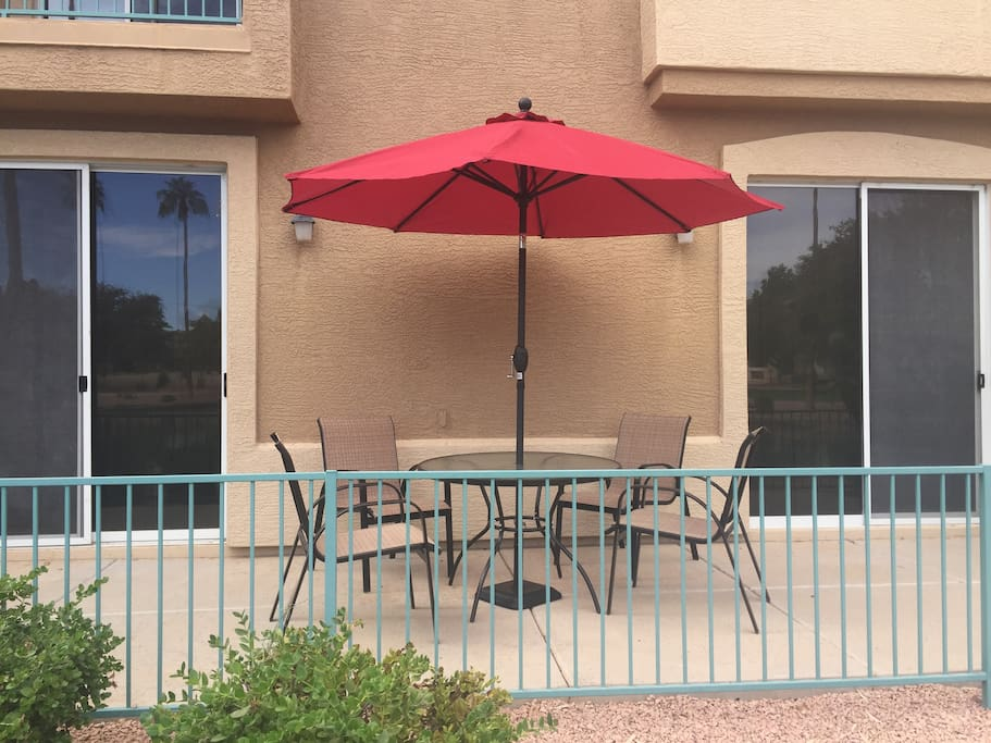 Lakefront condo in gated community condominiums for for Indoor pool mesa az