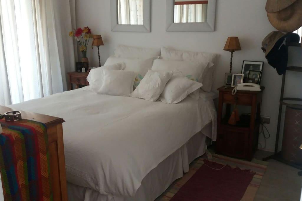dormitorio dormitorio con baño incorporado ! suite !