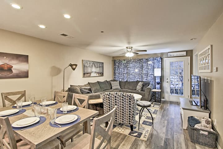 Updated Branson Condo Situated on Lake Taneycomo!