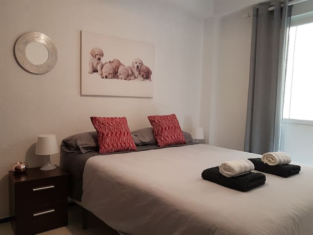CENTRIC ROOM - MERCADO CENTRAL - 5 -